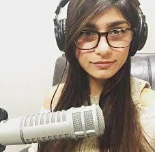 Ella es Josefina , tiene 20 años y ha... - El Tio Internet Explorer v: |  Facebook