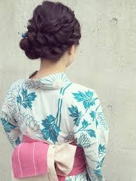 はんなり着物美人に自分で出来る簡単和装髪型やり方 Beamy 訪問