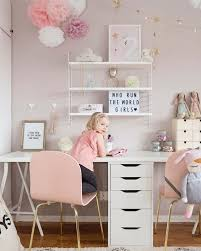 Girls bedroom desk Foldable How Cute Is This Little Girls Room Pinterest How Cute Is This Little Girls Room Kids Room Shelf Pinterest
