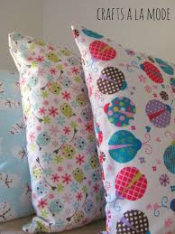 How Much Fabric To Make A Pillowcase Extraordinary Easy To Make Warm And Cozy Flannel Pillowcases Crafts A La Mode