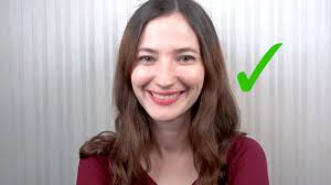 3 ways to smile with the eyes wikihow