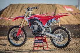 2018 honda 450f. wonderful 2018 motocross action magazine mxa video first ride on the 2018 honda crf450 in honda 450f e