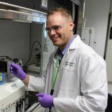 Dr. Zachary Hood ('13) receives the 2020 Young Alumni Award – Department of  Chemistry