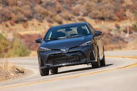 2018 Toyota Corolla Reviews and Rating | Motor Trend