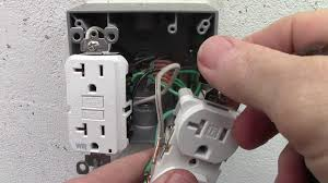 how to wire a double receptacle amp gfci weather resistant how to wire a double receptacle 20 amp gfci weather resistant outlets cover