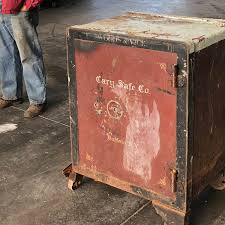 What's inside this mystery safe? Orleans Co. farmer says it should stay  unknown | WHAM