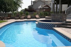 Signature Pools and Spas - Colonial - In ground fiberglass pool Chicago,  Illinois