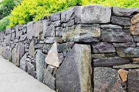cost to build a retaining wall in 2021
