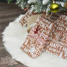 Christmas Tree Skirt Pattern Awesome Make A No Sew Faux Fur Christmas Tree Skirt HomeForChristmas The