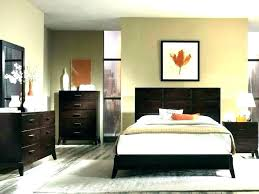 what finish paint for bedroom best paint finish for bedroom colors to paint your bedroom best