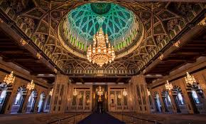 chandelier at the sultan qaboos grand mosque forumcomment view all photos