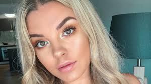 grwm glowy beachy makeup tutorial jasmine hand
