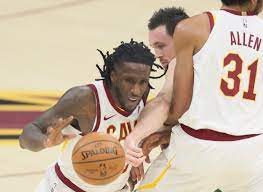 Cavaliers at Suns: Live updates as the ...
