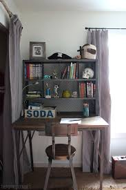 best 25 small desk bedroom ideas on desk ideas white desk inspiration and desk space