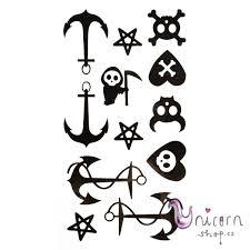 Dočasné Tetování Kotvy A Lebky