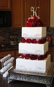 Square Tiered Wedding Cake With Roses Babies Breath On The Blog