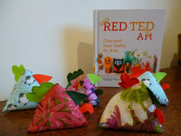red ted art craft book