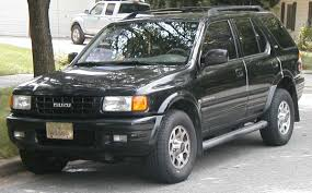 File:Isuzu Rodeo.jpg - Wikimedia Commons