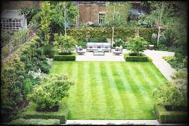 square backyard landscape design home garden brick wall beautiful aaeaefefaee wonderful ideas of simple concrete pond