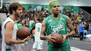 Lil dicky and chris brown dropped the visuals for their new single, freaky friday on mar. Lil Dicky X Chris Brown Freaky Friday Video Is Hilarious Video Hot97