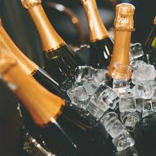 Champagne Vending Machine London New This Champagne Vending Machine Serves You Mini Bottles Of Moet