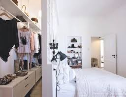 Small Bedroom With Closet Space