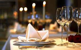 Setting A Dinner Table Set A Table For Dinner Table Setting Etiquette How To Set And