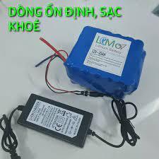 Sạc Pin 12V 3A. Chuyên sạc pin Lithium, pin sắt, bình acquy pin 12,6V. Có  đèn báo, Đầy tự ngắt - LIMO