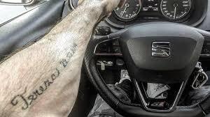 Noid Ukázal Tetování Na Předloktí Má Obří Jméno Své Dcery S Datem