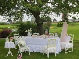 How To Make An English Garden  RolitzRomantic Cottage Gardens
