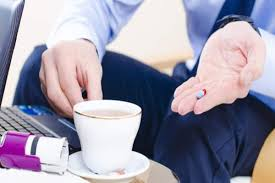 Decreases diabetes risk drinking black coffee daily helps to reduce the risk of diabetes which in here are four side effects of having too much black coffee: Is It Ok To Take Medicines With Soft Drinks Coffee Milk Or Juices Thehealthsite Com