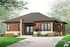 House plan W detail from DrummondHousePlans com    front   BASE MODEL Single storey  well fenstrated  bedroom  Contemporary house plan
