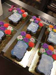Mothers Day Cupcake Cakes My Work In 2019 Mothers Day Cupcakes