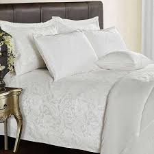 3 piece jacquard quilted paisley white