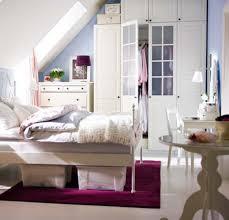 Lila Teppich Und Modernen Storage Bett Für Diy Schlafzimmer