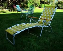 image of portable lawn chairs with canopy