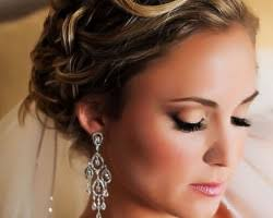 the reviews of jess waldrop are nothing but raving about the makeup services that are offered jess has always had a pion and a talent for makeup