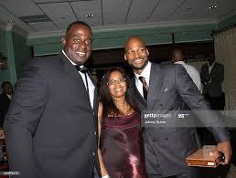 Derryl Gibbs, Shelia Gibbs and Travis Best attend Travis Best...  Nachrichtenfoto - Getty Images