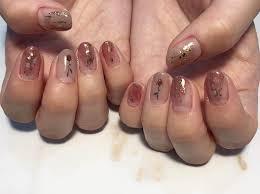デザイン長持ち爪が伸びてもずっと綺麗が続くネイルデザイン特集