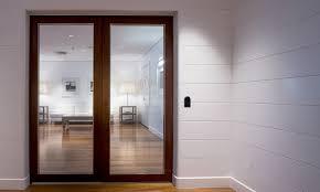 LATCH - Exterior access door