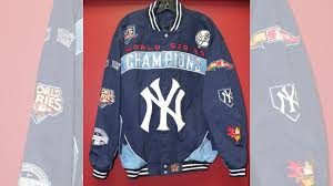 Клубная <b>куртка</b>(<b>New York</b> Yankees) купить в Санкт-Петербурге ...