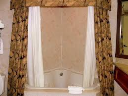 shower curtain to make bathroom look bigger