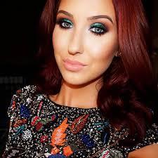 jaclyn hill on her insram that eyeshadow yes please
