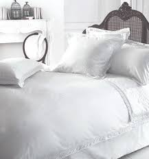 hand embroidered bedding set with lace