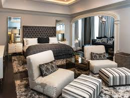 Swanky furniture Swanky Bedroom Sitting Area Applied To Your Residence Concept Bedroom Furniture Furniture Silver Bed Frame Outwardboundbermudaorg Bedroom Bedroom Furniture Furniture Silver Bed Frame Leather Light