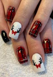 Easy Christmas Designs For Your Nails 37 Cool And Stylish Christmas Nail Decoration Ideas Page