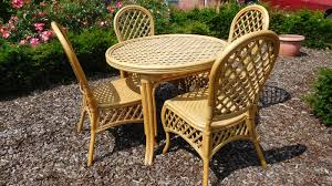 bamboo garden set round table with