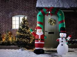 Aldi Light Up Christmas Pictures Aldi Launch Must Have Christmas Lights And Decorations Range