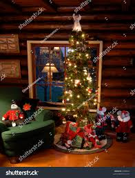 Old Fashioned Christmas Tree Log Cabin Stock Photo 9409624 ...
