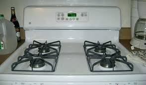 cleaning glass top stove with baking soda and peroxide